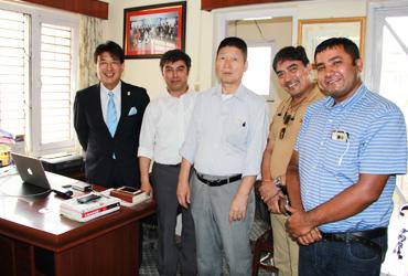 当機関は、長年ビジネスパートナーであった日本人とネパール人の代表が共同で立ち上げた機関です。 技能実習生は様々な職種に紹介が可能ですが、当機関では、介護業界に特化し人材の育成に力を注いでいます。日本も駐在事務所があり、日本人とネパール人が常駐しております。そのため、他機関にはないきめ細やかな対応が可能です。また、現地ネパール送り出し機関には、教員経験のある日本人スタッフが常駐し、育成に力を注いでいます。